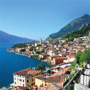 Autumn Sunshine on the shores of Lake Garda